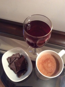 Dark chocolate and beverages such as red wine and cocoa contain flavonols which are important phytonutrients