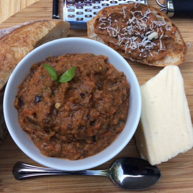 This versatile eggplant dip may be served with crusty bread too or as a sandwich spread. © Copyright July 2015 Sangeeta Pradhan, RD, LDN, CDE