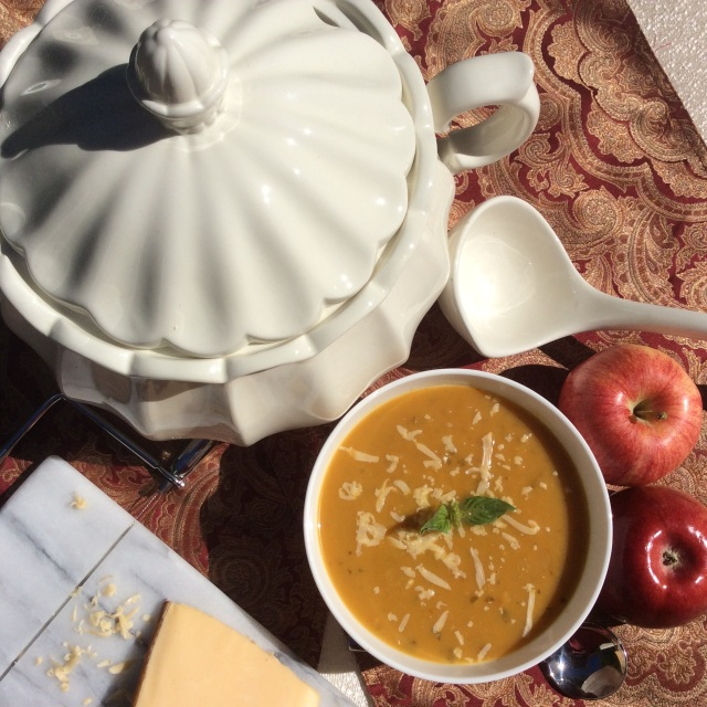 Apple-ginger-butternut squash soup. © Copyright, September 2015 Sangeeta Pradhan, RD, LDN, CDE