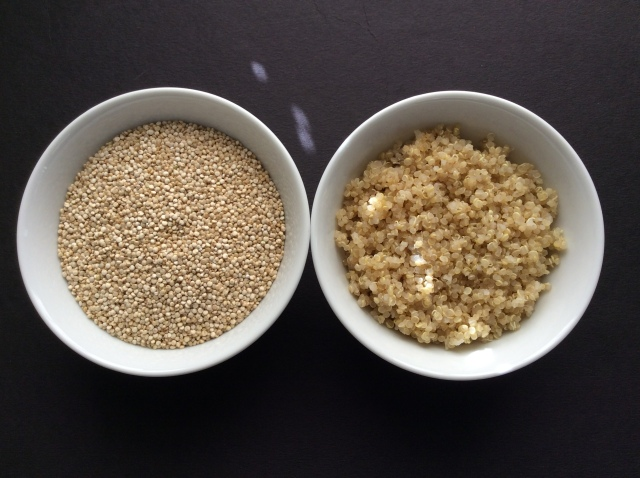 Raw quinoa on the left, and cooked quinoa on the right side of this picture. © Copyright 2016, Sangeeta Pradhan, RD, LDN, CDE.
